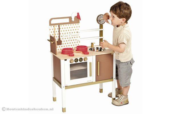 Houten Speelgoed Keuken Janod : Zeer compleet met verschillende accessoires.
